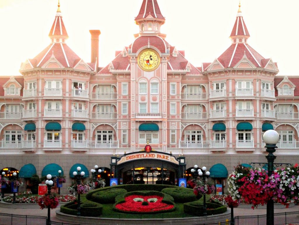 Disneyland Hotel Paris Review