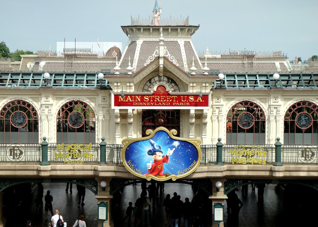 8 Things Americans Will NOT Find in Disneyland Paris