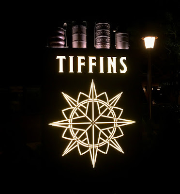 A Tiffins Restaurant Review | Romance In the Wild