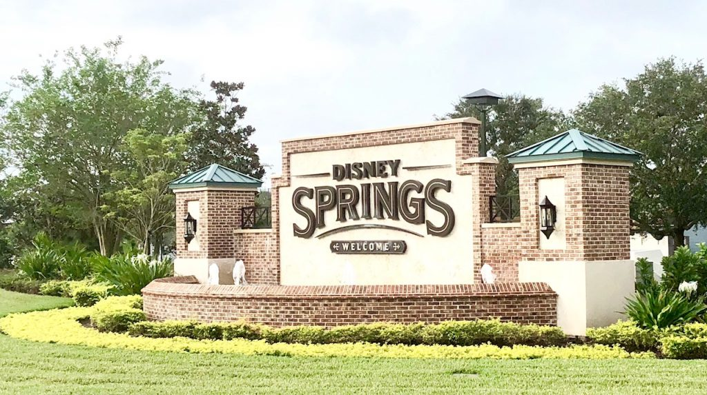 Top Picks for Holiday Meals at Disney Springs