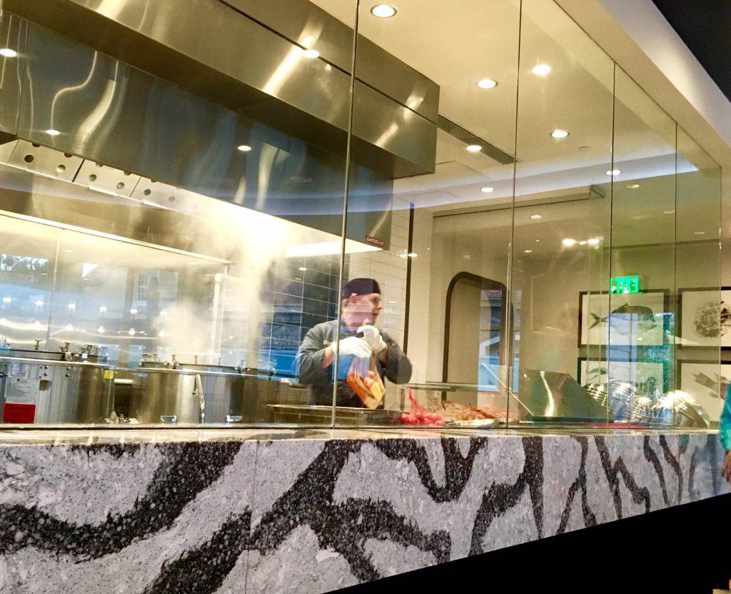 Paddlefish show kitchen