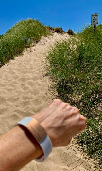 Running through the Hamptons dunes with my Road iD