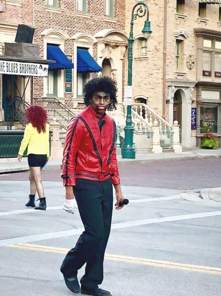 Halloween Horror Nights Michael Jackson Zombie