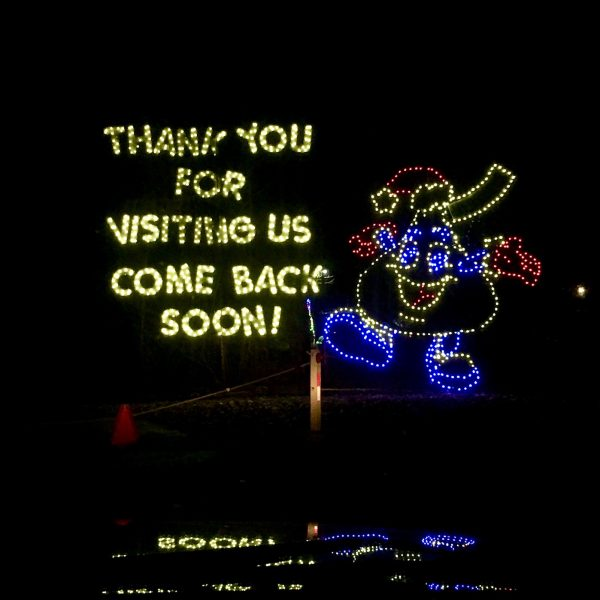Farewell display at Hershey Sweet Lights